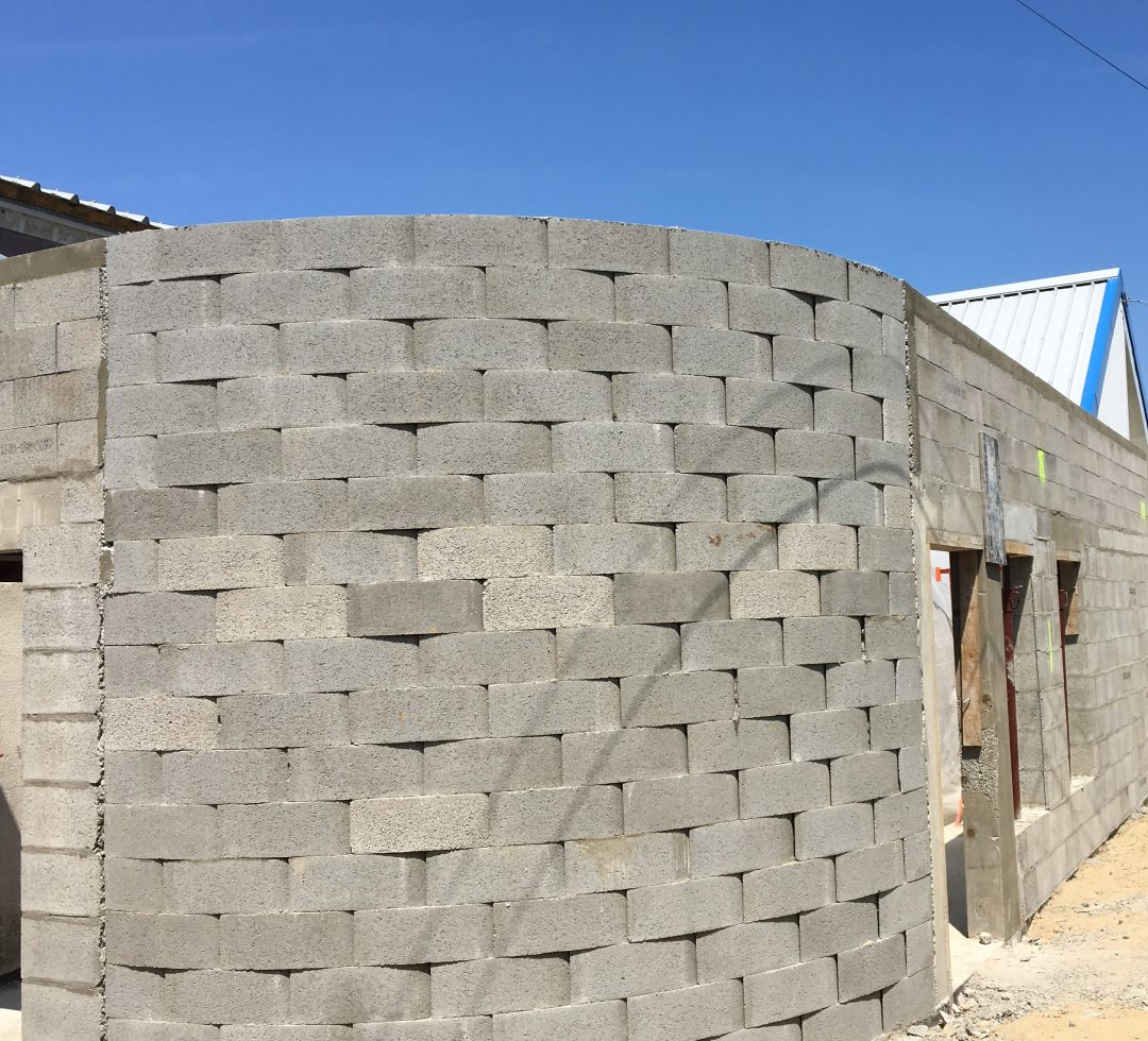 Rénovation et extension de la salle de sports à Saint-Pabu